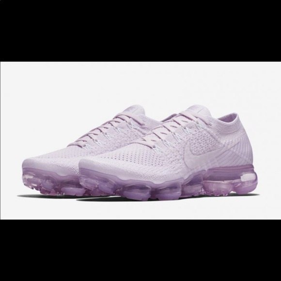 98a7c468b1c 🚨LIMITED EDITION NIKE VAPORMAX 🔈🔉NEW!! 🚨